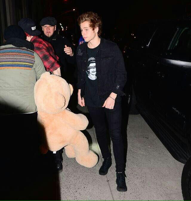 Muke at Taylor Swift's birthday party