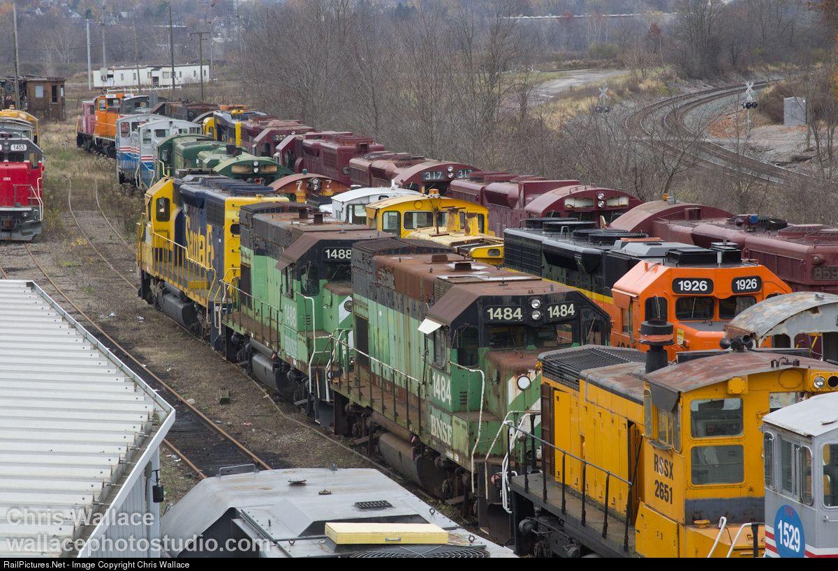 Railpictures Net Photo Bnsf 1484 Bnsf Railway Emd Gp15 1