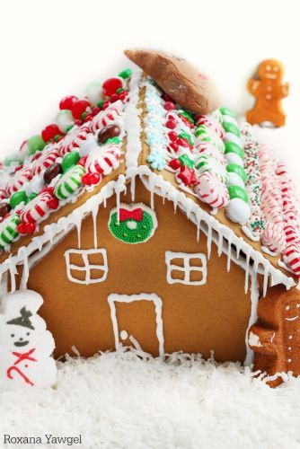 USA - Gingerbread House