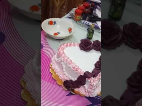 طريقة عمل الورد بالكريمه بيوتي كيك Youtube Cake Decorating Desserts Cake