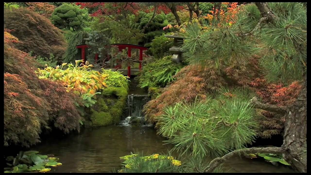 Autumn at The Butchart Gardens Amazing Butchart Gardens in Vancouver ...