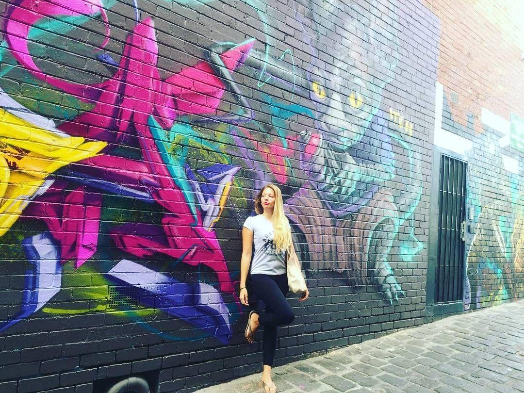 Melbourne art street  #melbourne#greatoceanroad#lastday#1year#australia#autralie#victoria#trip#travel#instatravel#instavoyages#mylife#mydream#memories# by blondiemoorgaaan