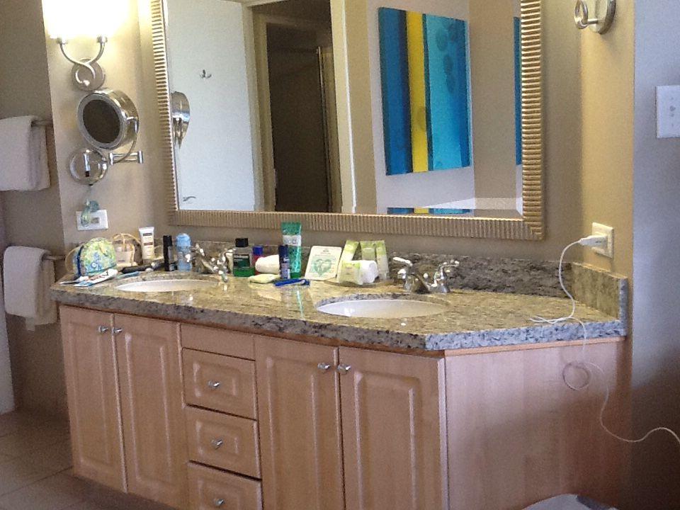 Marriott Royal Palms Orlando master bathroom vanity ...