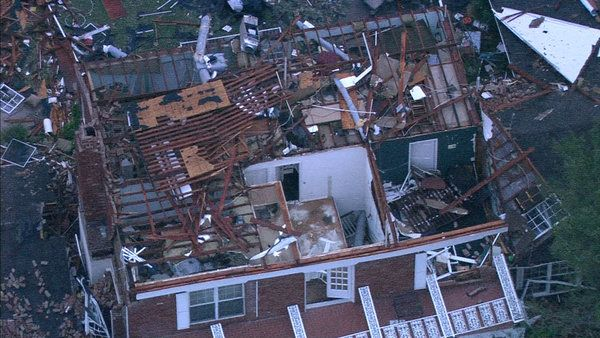 font color=000099bPHOTOS:/b/font  Homes devastated in Granbury, Cleburne tornadoes