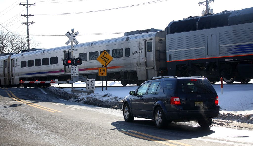 Agency taps mapping technology to curb rail crossing