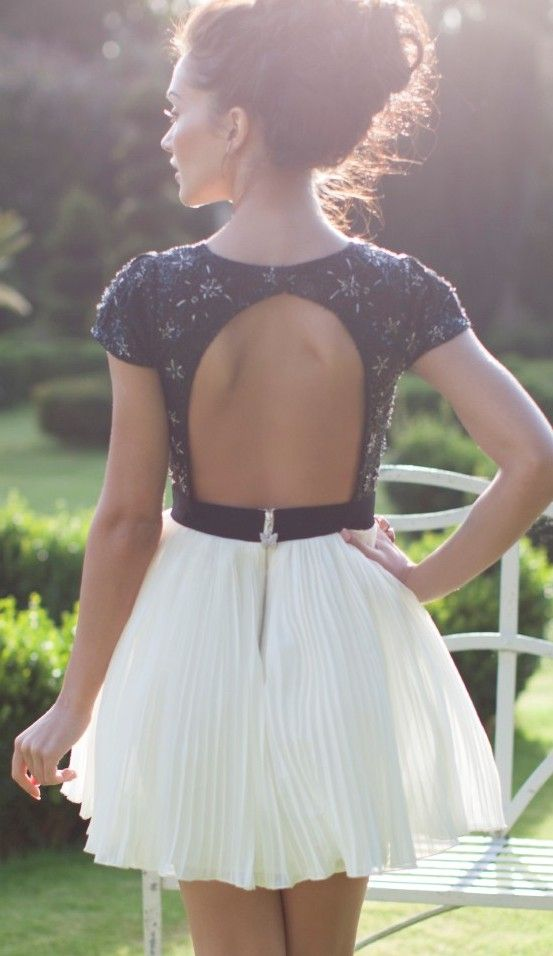 d81c31802c7c Navy and white backless lace summer dress