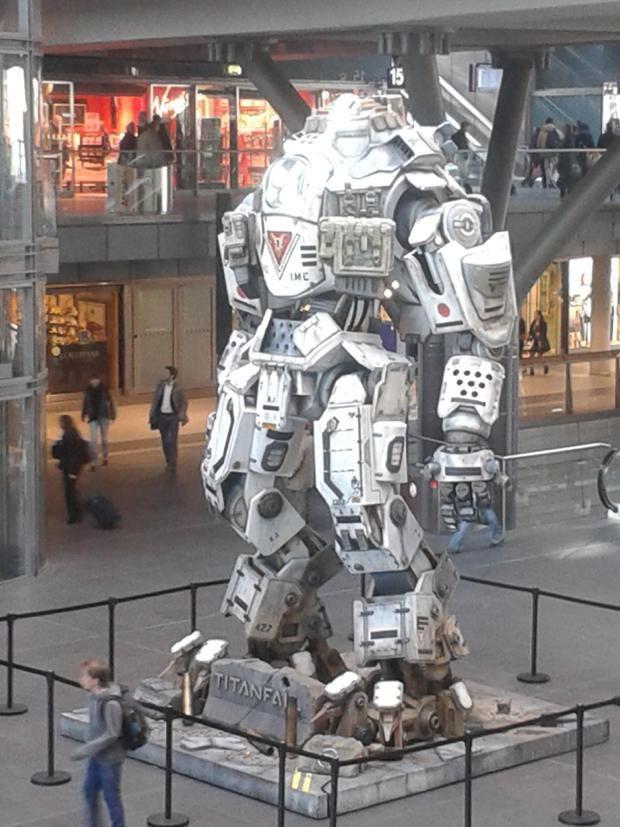 Titanfall: Marketing Like A Boss. | Mecha suit, Robot ...