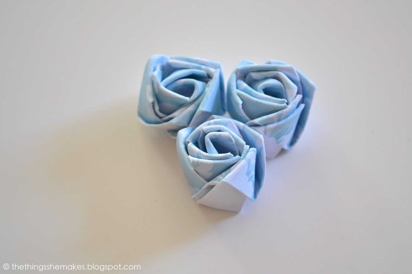 The Things She Makes How To Make A Paper Flower Bud Ides Cadeaux