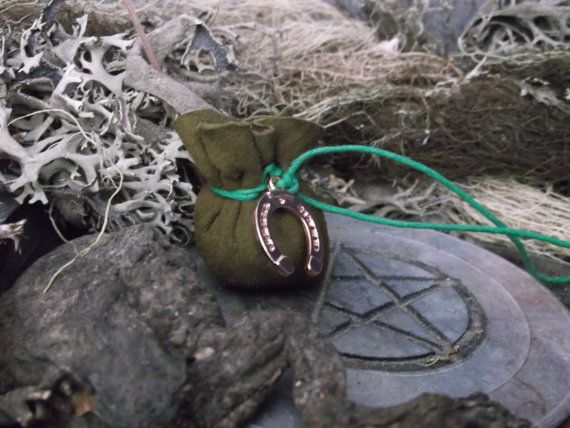 Carry this talisman close to you to provide a constant stream of luck, wealth and money. Always short on cash? Then this is your talisman to go