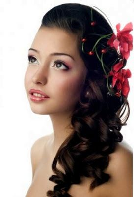 Best Party Hairstyle 2013 | Prom hairstyles for long hair, Homecoming hairstyles, Hair styles 2014