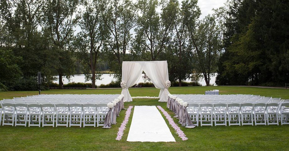 Anna Chair Cover & Wedding Linens Rental Burnaby Bc Antique Beach Hart House Restaurant In British Columbia Canadian