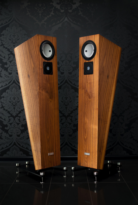 High end speakers NEO Alpha #neohighend #alpha #tripod # ...