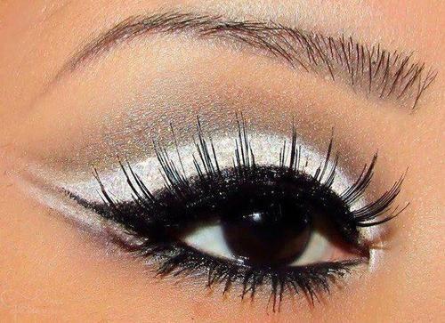 White And Black Eye Shadow White Eyeshadow Artistry Makeup Eye
