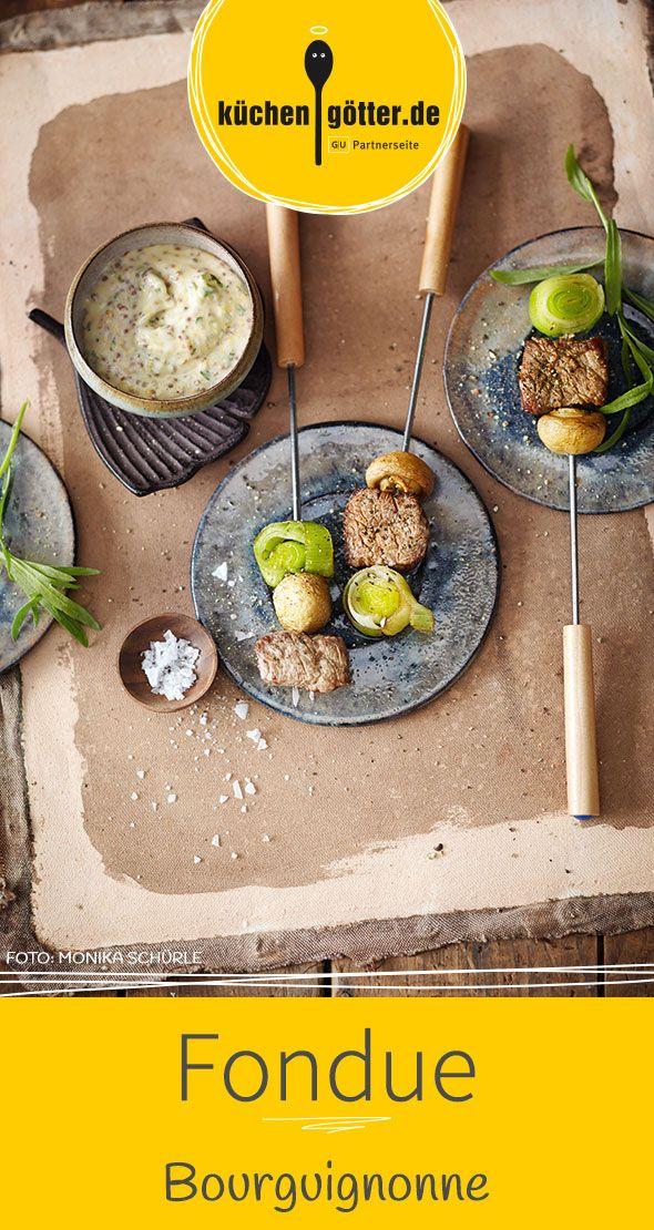 Unser Fondue Bourguignonne schmeckt ausgezeichnet mit dem feinen Senfdip - den solltet ihr unbedingt dazu reichen.