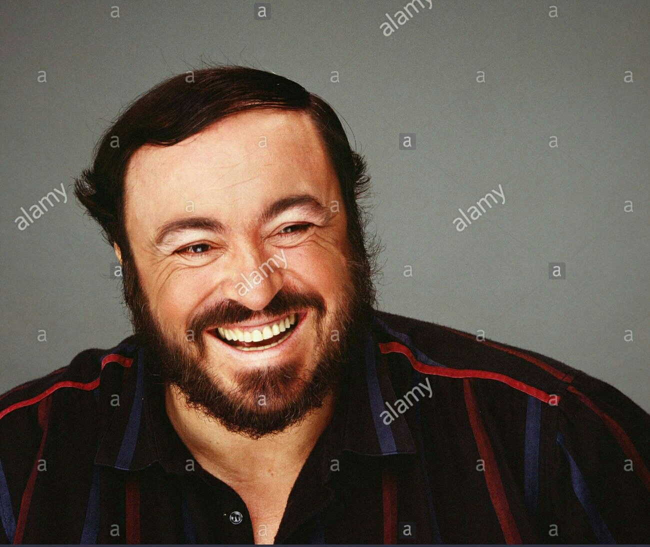 The Man Who Never Losing The Smile Of His Face Luciano Pavarotti Opera Singers Singer People