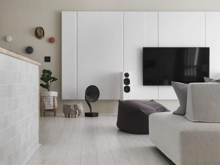 Weisses Laminat Graue Schattierungen Wohnzimmer Tv Wand Minimalistisches  Design #bodenbeläge #fliesen #gray #apartment #Taiwan