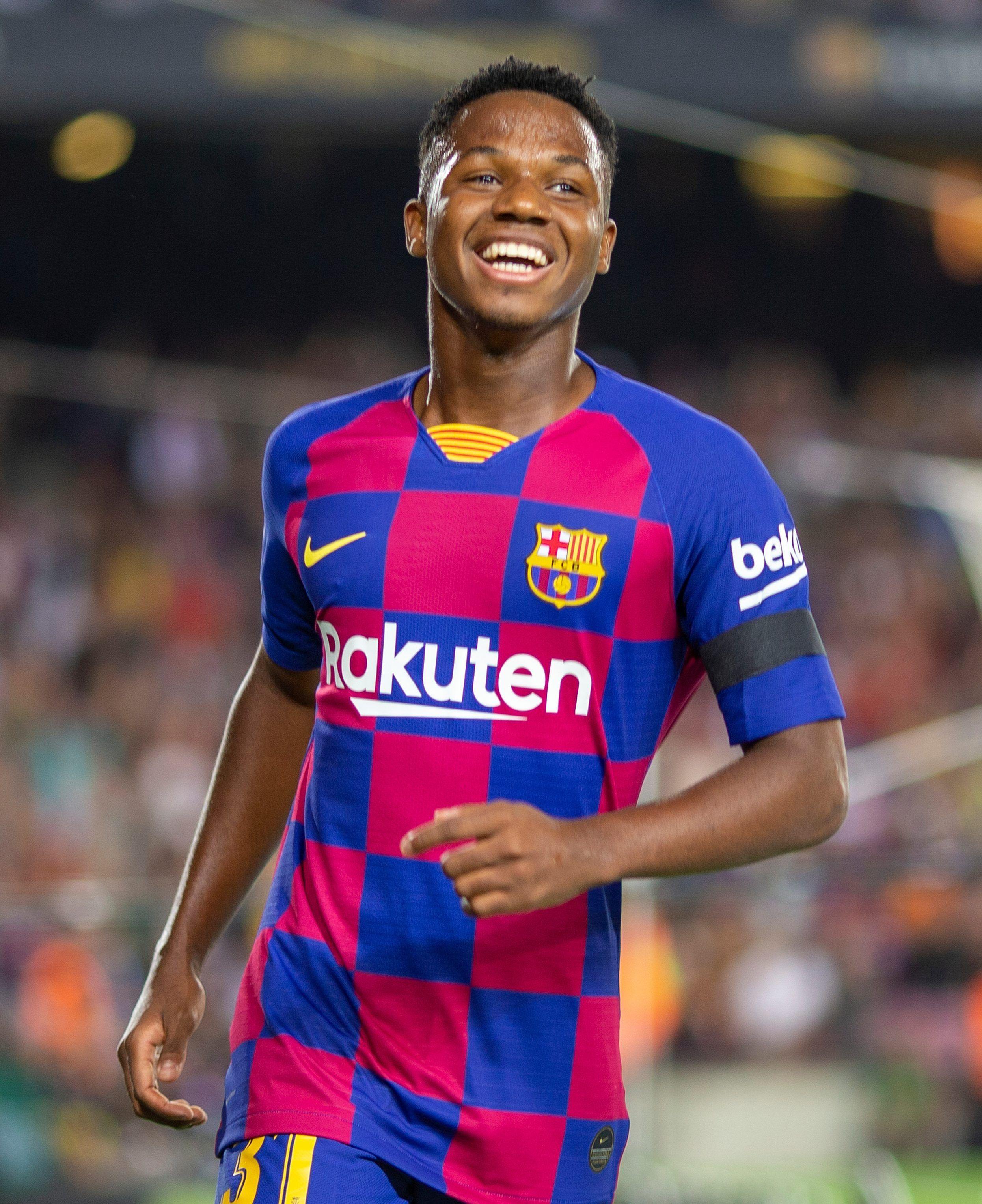 Pin By Edson Aquije On Fati In 2020 Lionel Messi La Liga Messi