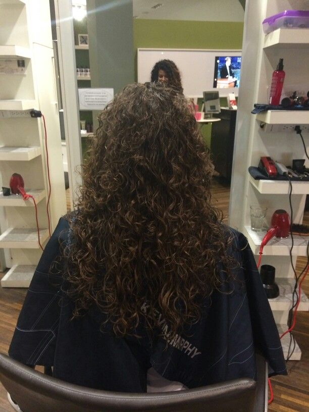 #NaturalCurls by Mei-ling #tribecasalon #curlyhair