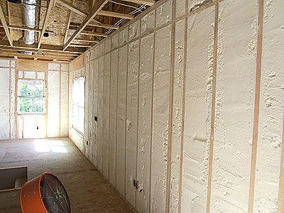 We Offer Spray Foam Because It Keeps Homes And Offices At The Right Temperature At Lower Cost F Diy Spray Foam Insulation Foam Insulation Spray Foam Insulation