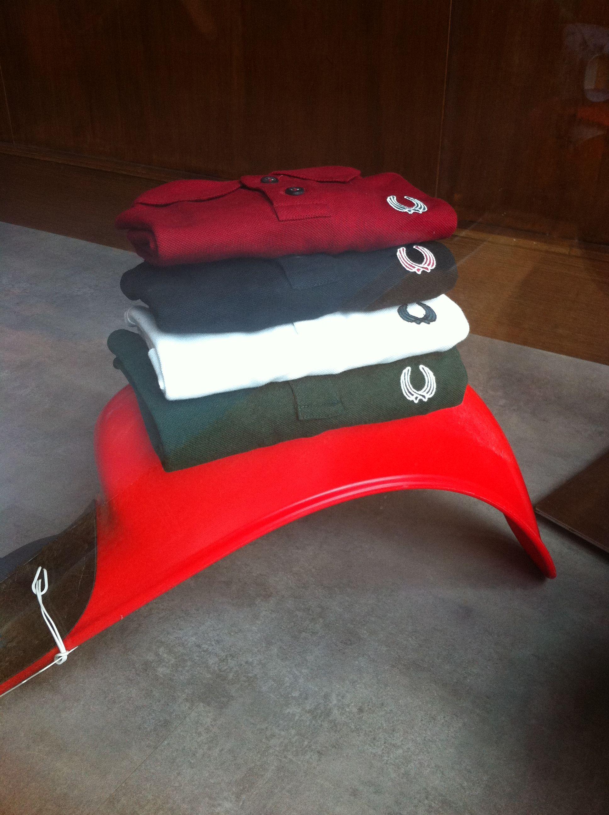Polos Para Ni O En 4 Colores Con Las Cestas Cruzadas Cesta De  # Muebles Goitia Tijuana