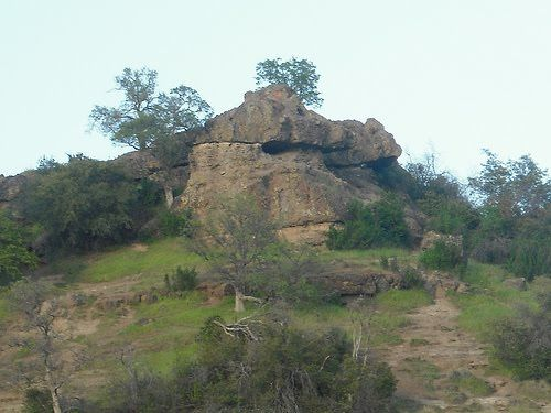 Hike To Monkey Face Bidwell Park Hiking Places Chico California
