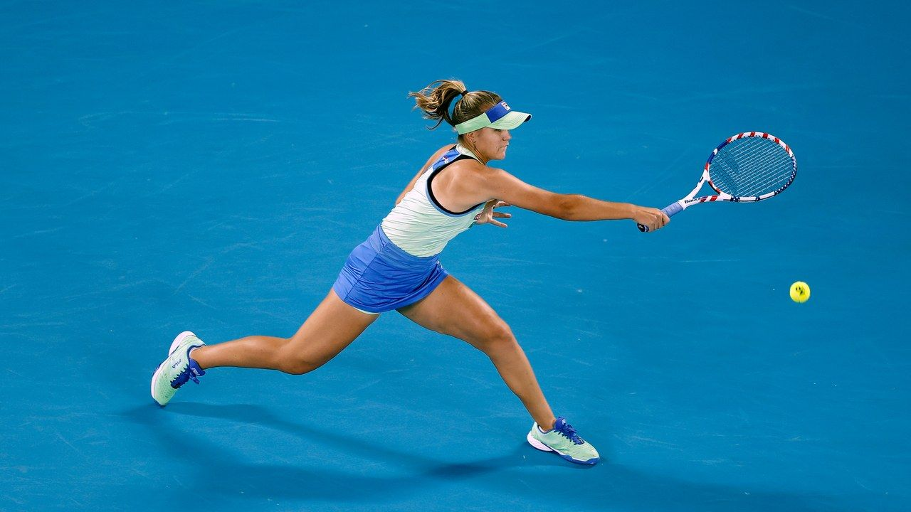 2020 Australian Open Sofia Kenin Outruns Garbine Muguruza To Win The Women S Final In Melbourne In 2020 Garbine Muguruza Muguruza Australian Open