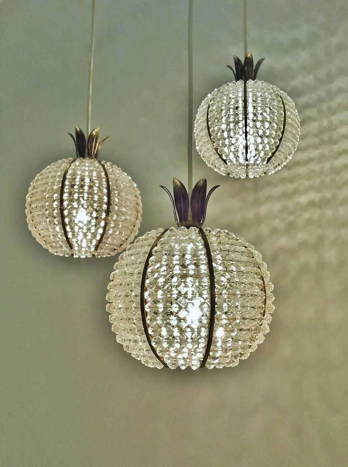 pineapple chandelier other things lampen innenarchitektur und architektur. Black Bedroom Furniture Sets. Home Design Ideas