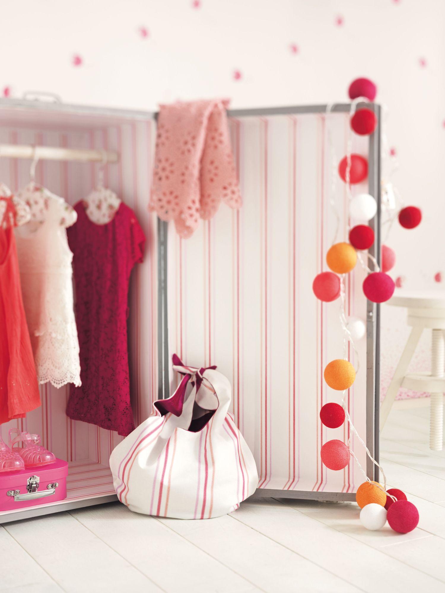 Collection ARC-EN-CIEL Wallpaper : Rêves, enfants, couleurs, luminaires, boules, rangement ...