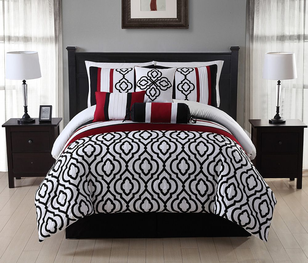 black and red bed sheets