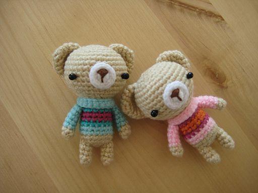 Amigurumi Crochet Patterns Teddy Bears : Sweater bearies with pattern amigurumi crochet