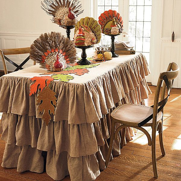 Ruffled Burlap Table Collection