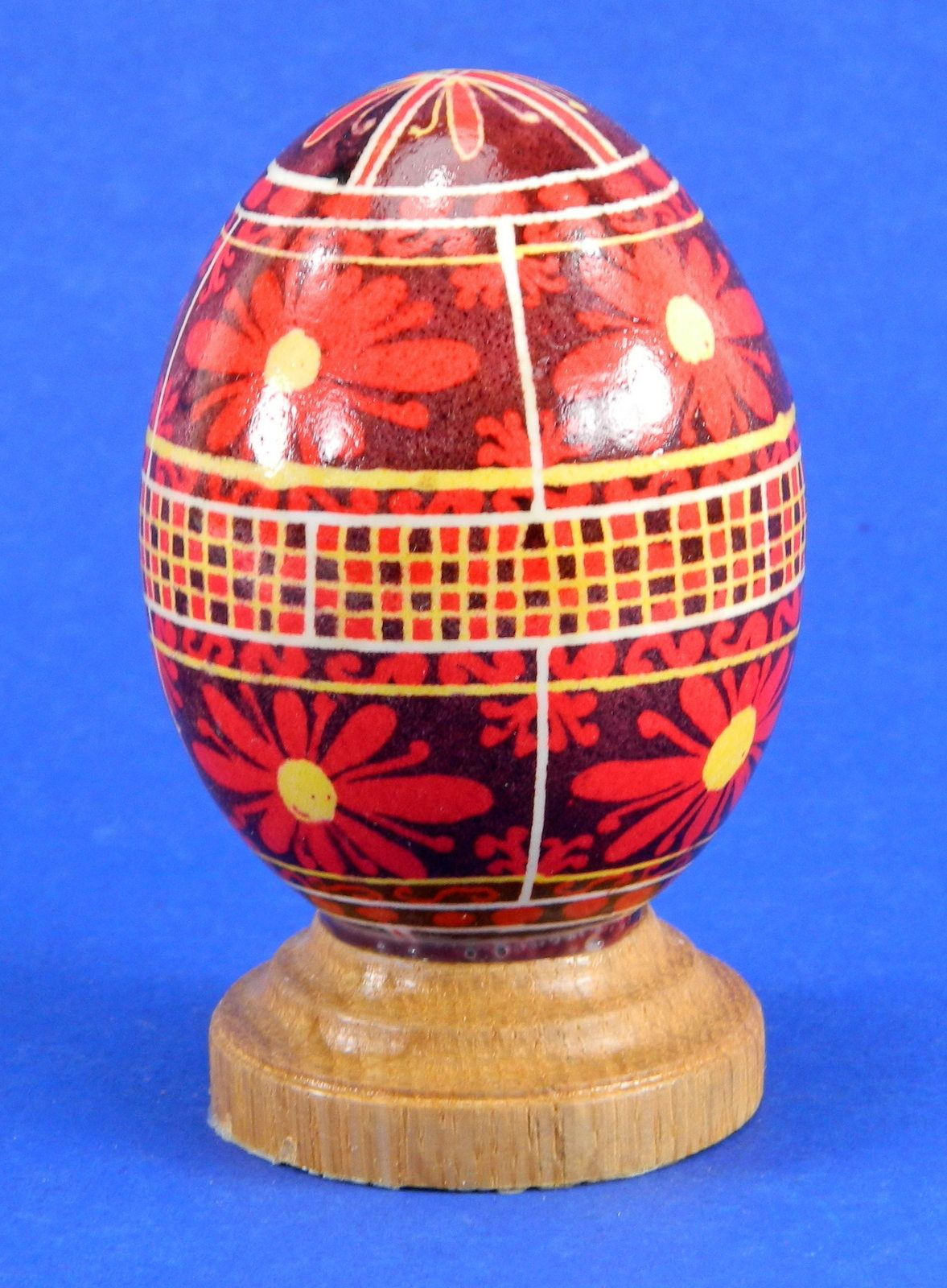 Polish Pysanky Egg Hand Painted Decorated Vintage Easter Blown Out Chicken Egg 20479 by JacksonsMarket on Etsy