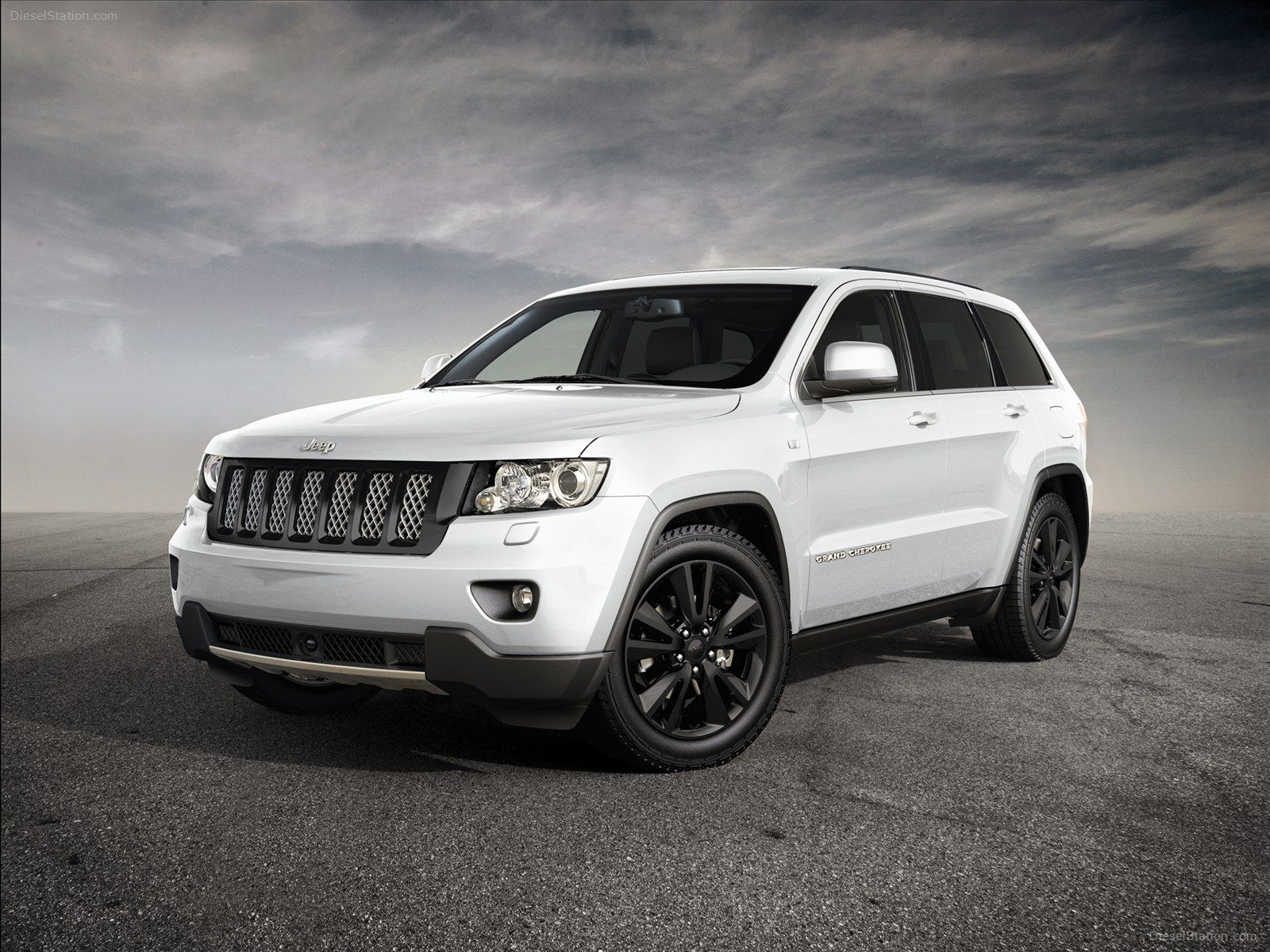 Jeep Grand Cherokee Jeep Grand Cherokee Diesel Station Jeep Grand Cherokee Sport Jeep Grand Cherokee Srt Jeep