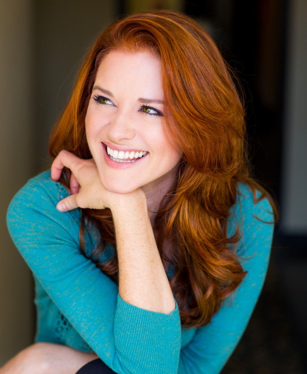 GreysAnatomy star Sarah Drew sat down with Cliche in the April/May ...