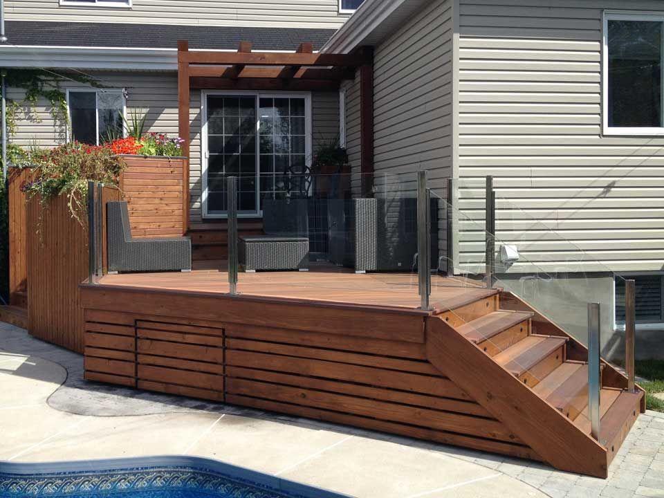 patio lorraine patio haut de gamme amalgame de composite et de c dre rouge de l ouest le. Black Bedroom Furniture Sets. Home Design Ideas