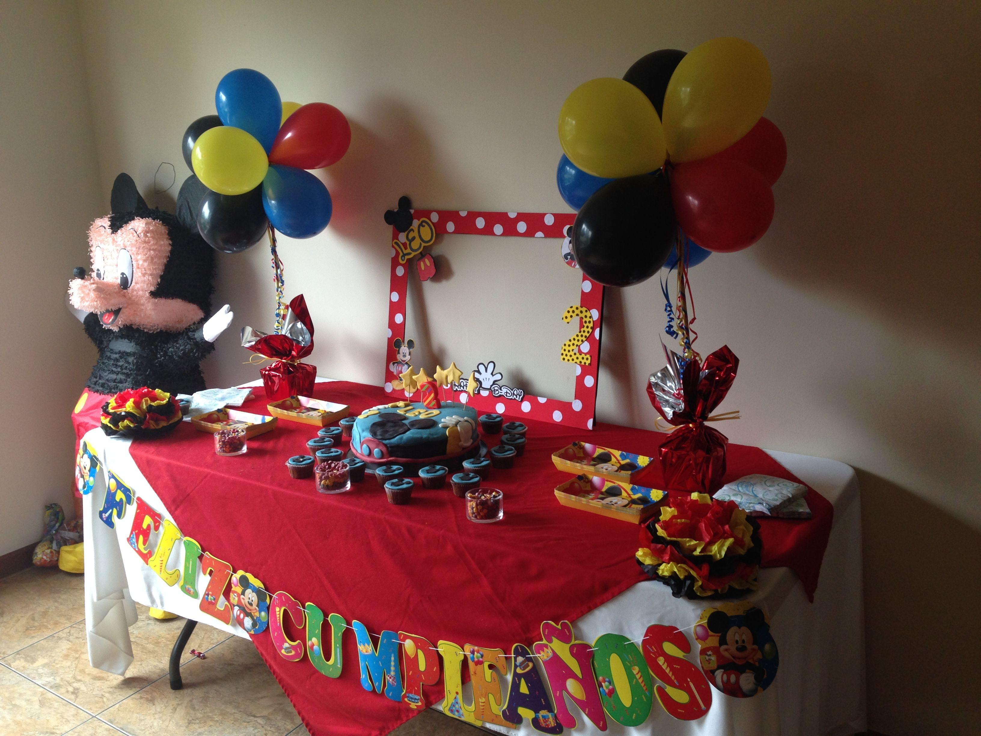 Mesa De Pastel Cumpleaños. Tema Mickey Mouse