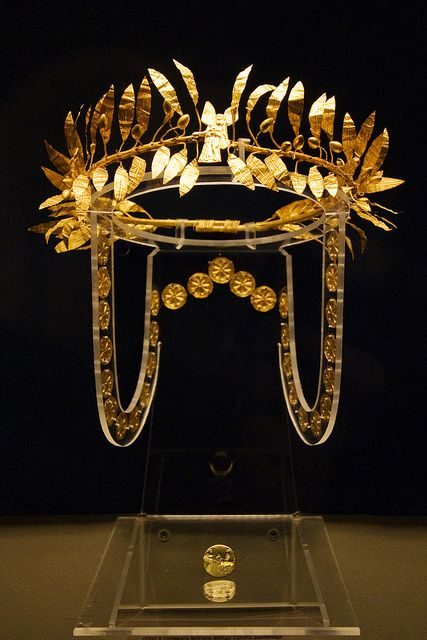A golden wreath and ring from the burial of an Odrysian Aristocrat at the Golyamata Mogila tumulus (part of the Sboryanovo Archaeological Reserve), situated between the villages of Zlatinitsa and Malomirovo in the Yambol region. The burial, wreath and signal rign are dated to the mid 4th century BC.  (Bulgaria)
