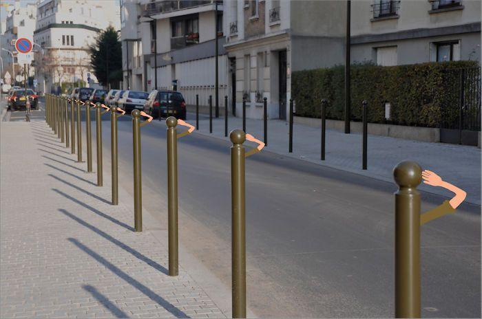 Es difícil discernir qué es real y qué es una ilusión en las obras de Sandrine Estrade, una ilustradora que usa las calles de París como un enorme campo de pruebas en el que desarrollar su talento. Ella logra verlas de forma diferente y hace que su imaginación se termine desatando. Para ello mezcla la fotografía, la ilustración y el arte urbano dando lugar a estos divertidos resultados. Puedes ver más obras en su página de Facebook Relacionado:  18 imágenes inolvidables del París de hace…