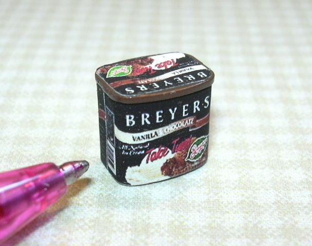 Miniature Vanilla Ice Cream Carton for DOLLHOUSE