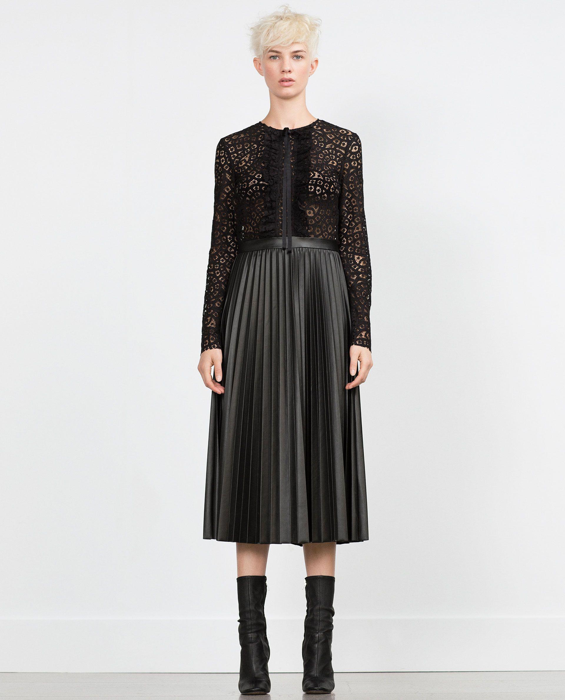 Vestido negro de encaje zara