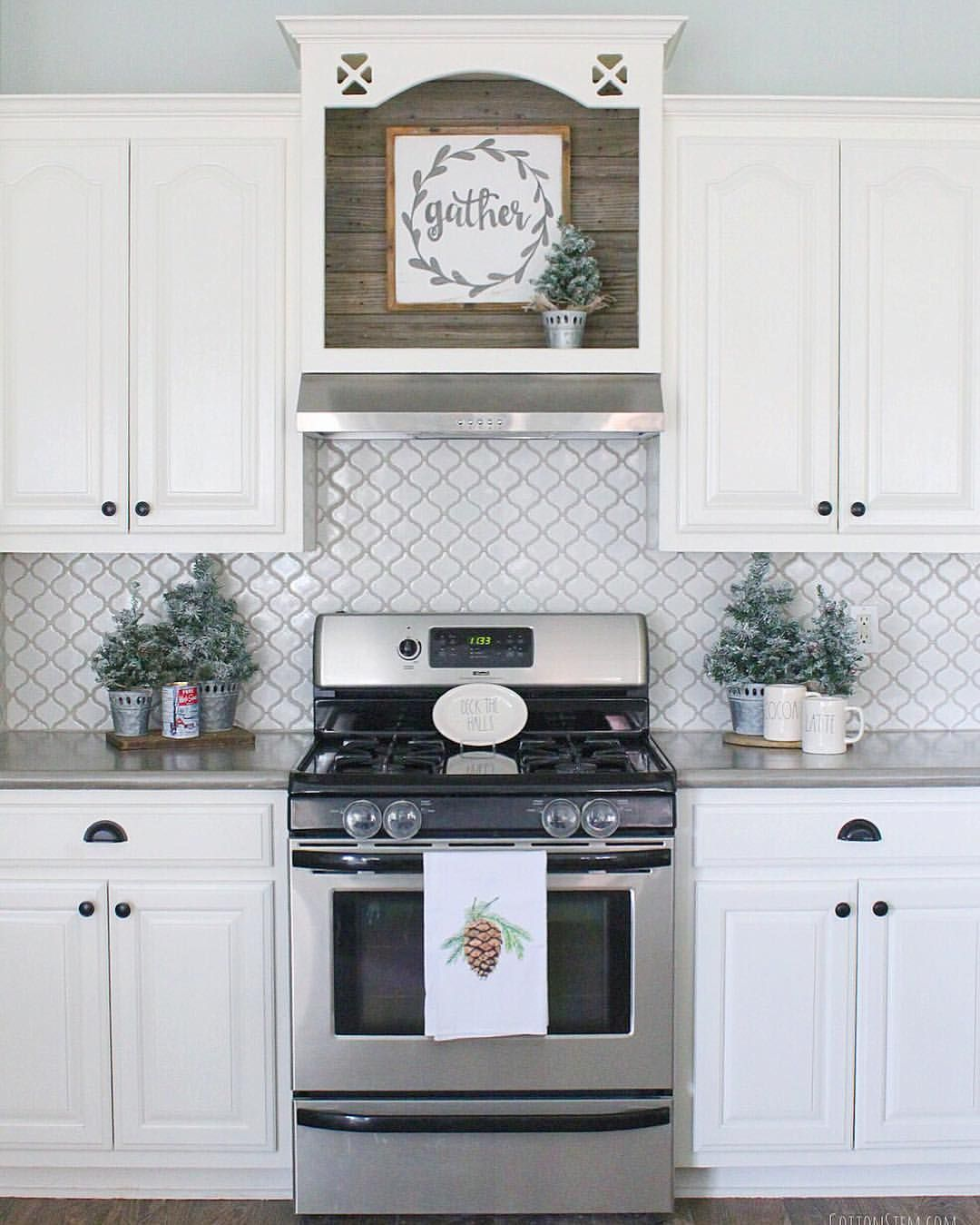 I Love The Open Cabinet Above The Stove Great For Displaying Items Or Signs New Kitchen Stove Decor Kitchen Remodel