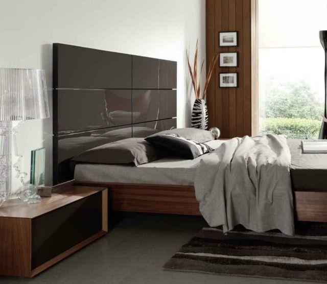 Hochglanz Bett Kopfteil Moderne Wandgestaltung Säule