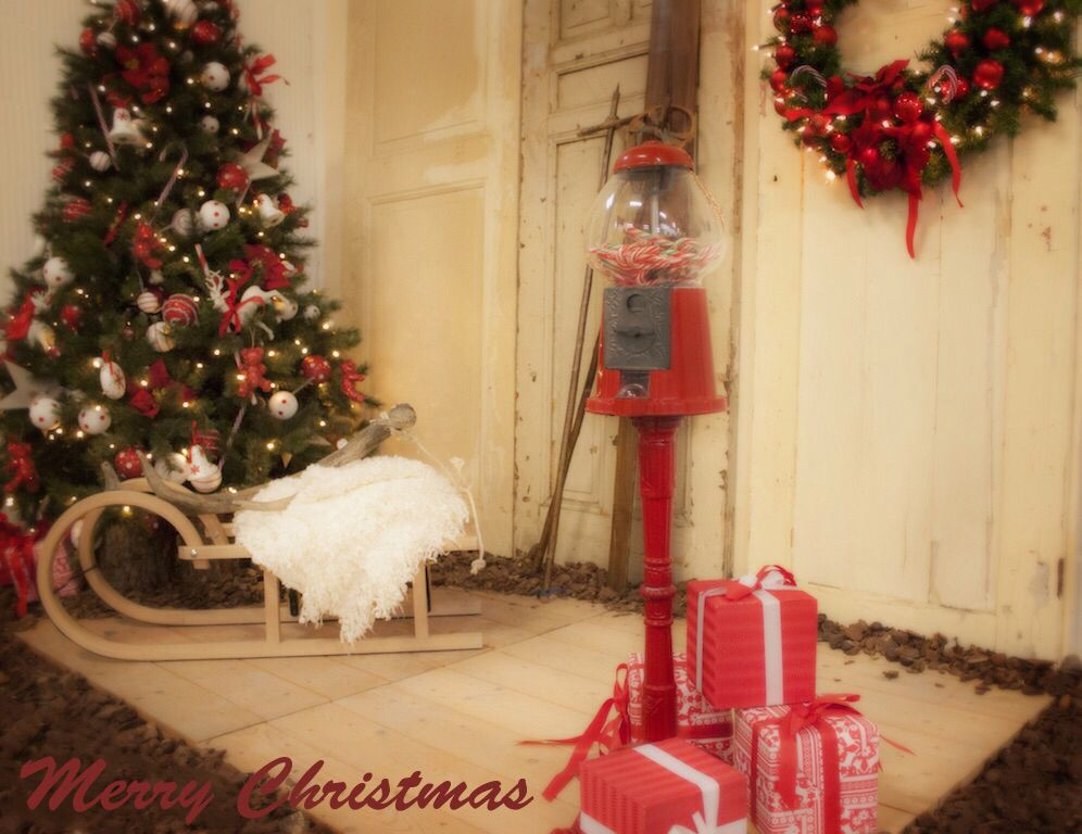 Christmas photo shoot setting to create christmas cards. Styled and created by Rich Art Design The Netherlands.