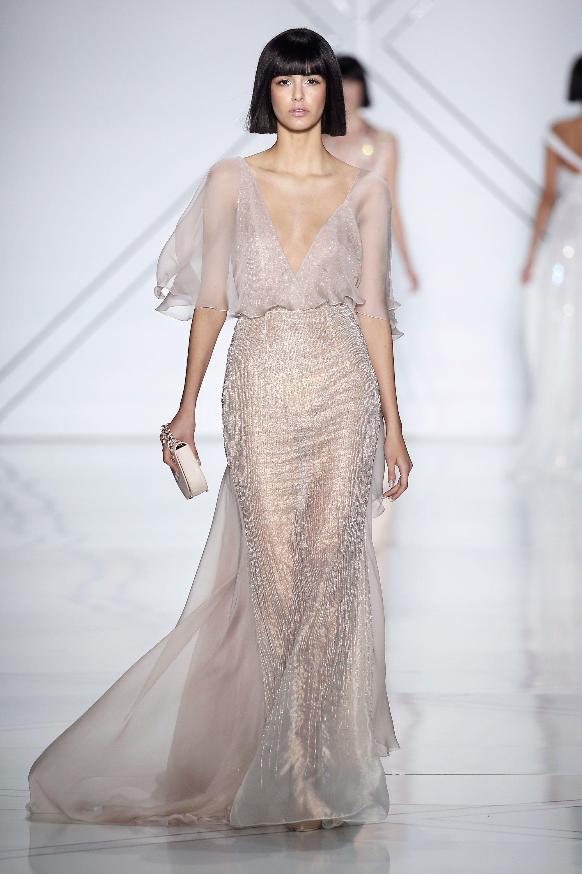 Ralph russo spring 2017 couture fashion show couture for Ralph and russo wedding dress