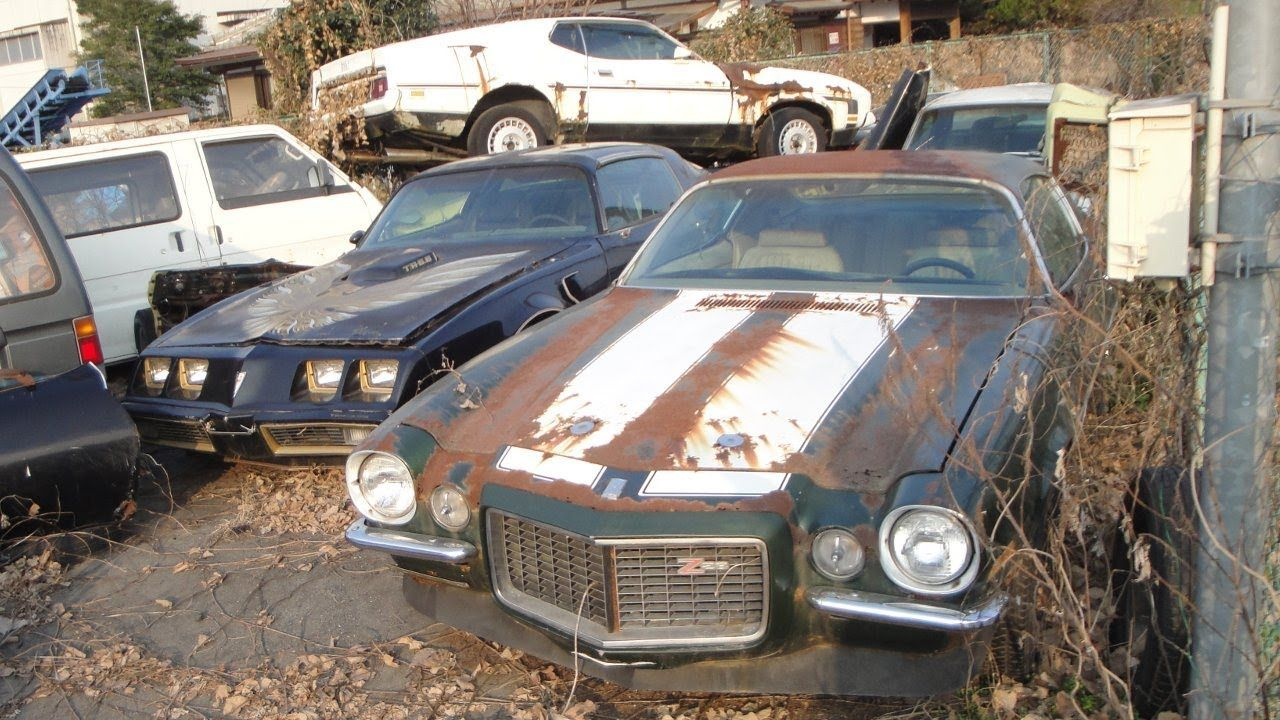 Utah Old Rusty Cars Side Of The Road Art