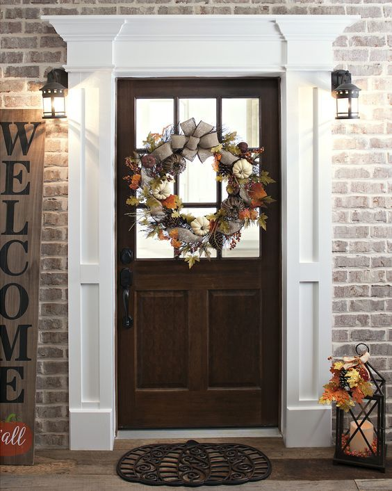 10 Quick And Easy Fall Porch Decorating Ideas