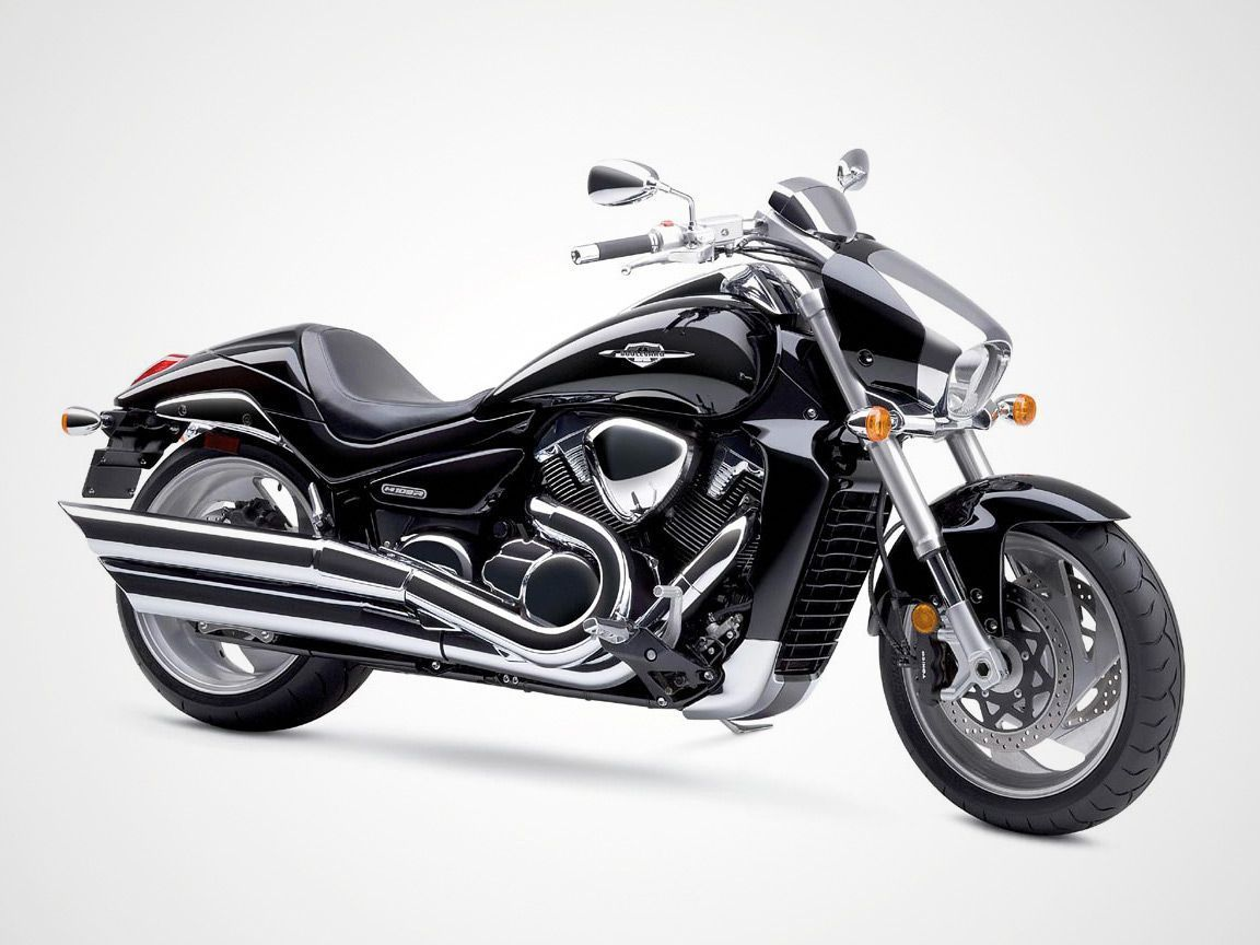 """Love the """"M"""" series of the Suzuki Boulevard. Maybe, someday, a brother for my Lil' Suzi? =0)"""