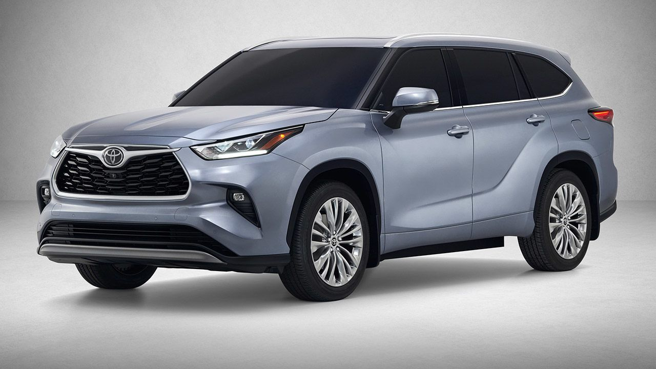 The 2020 Toyota Highlander Aims For The Top At The New York International Auto Show Toyota Highlander Toyota Suv Toyota Outlander