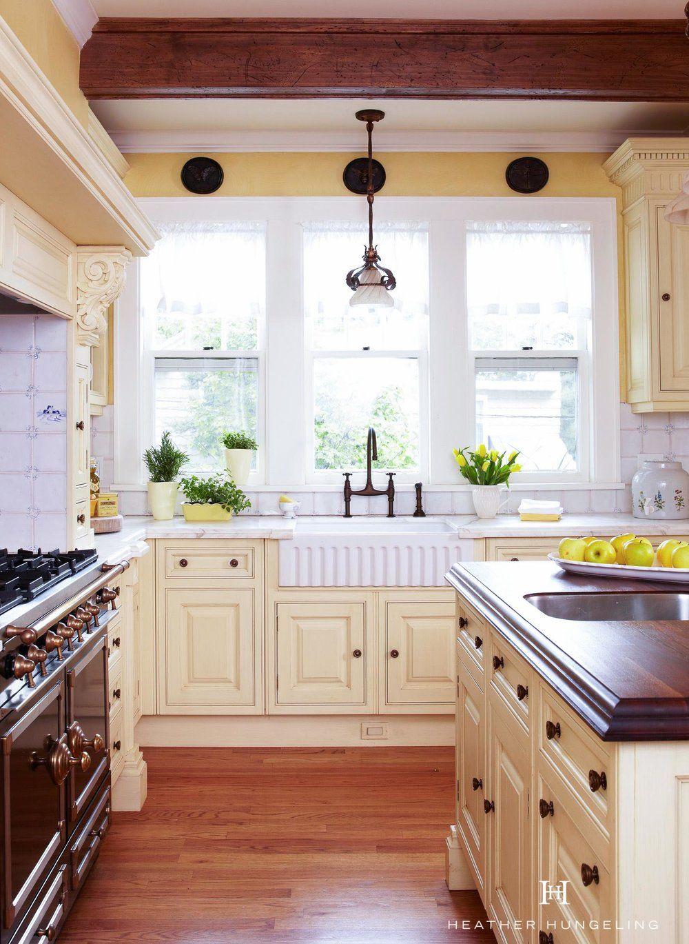 Colors?   Beautiful kitchen cabinets, Yellow kitchen ...
