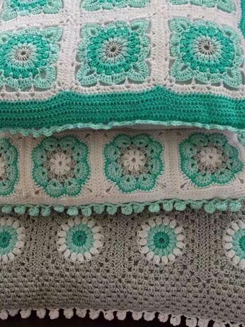 Cojines turquesa decoraci n en turquesa pinterest - Mantas de ganchillo faciles ...
